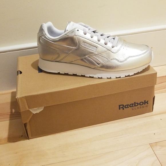 0f4a7e9094a Reebok Women Harman Run Sneaker - Women s -Silver